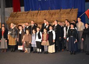 """""""Pierwsze posiedzenie Rady Gminy w Tłuszczu"""" – wspaniała, pełna humoru i wzruszeń lekcja lokalnej historii!!!"""