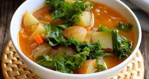 vegan-potato-soup-recipe-with-beans-kale