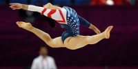 aly-raisman-floor-routine1
