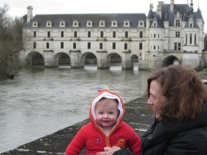 baby-G-and-me-Chenonceau-300×225