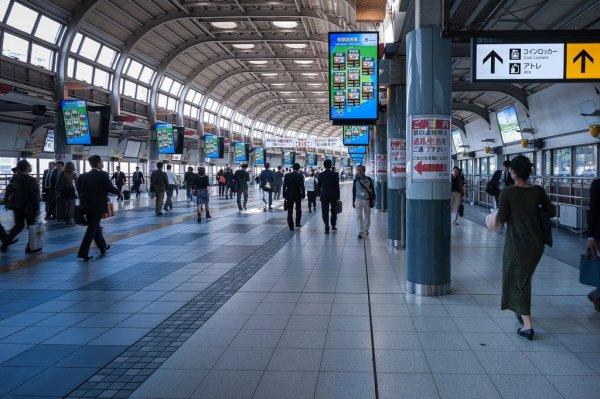 train_station_japan