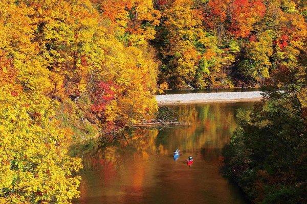 autumn_toyohira_river_jozankei_onsen_hokkaido