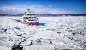 aurora_icebreaker_ship_abashiri