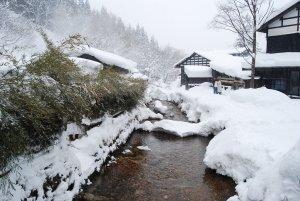 tsurunoyu_onsen_winter_akita