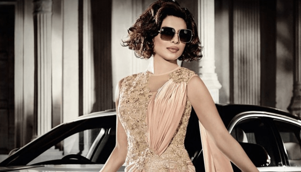 priyanka-chopra_saree_gown