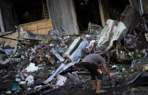 Vivienda destruida por las bombas israelíes en Gaza el 11 de julio. Foto: Basel Yazouri