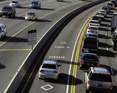 Solo drivers of the natural gas-powered Civic GX in California and numerous other states qualify for High-Occupancy Vehicle (HOV) lane access.