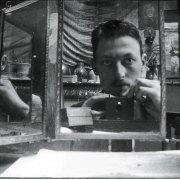 Des selfies dans des miroirs à l'ancienne