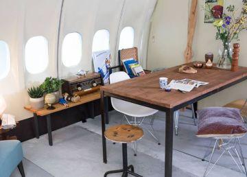 Airbnb-sortea-noche-avion-hotel-KLM2