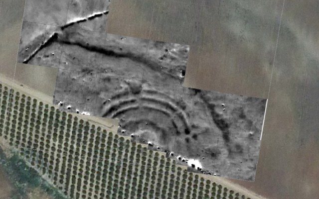 Encuentran en Sevilla una estructura de anillos concéntricos de hace 4.600 años