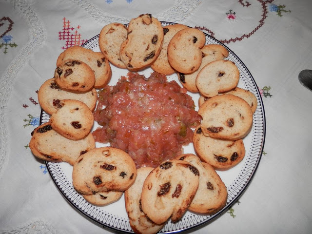 Tartar de salmón por Montse Garín