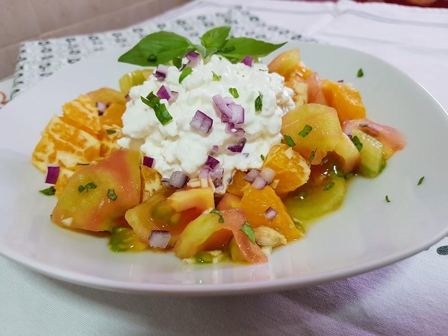 ensalada de tomate y naranja