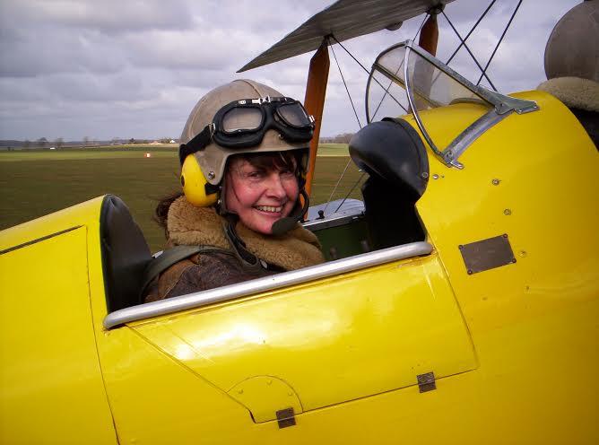Wendy Hinchcliffe     (UK)