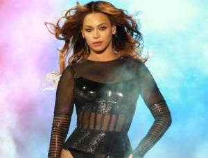 Beyoncé difende diritti degli afroamericani