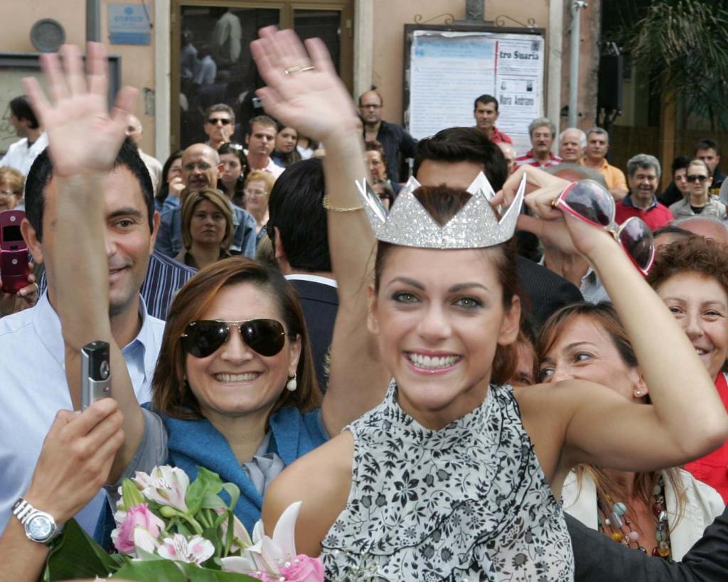 """Miriam Leone, com'era e com'è. Da Miss Italia a """"1992"""" FOTO"""