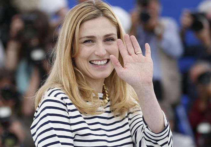 Julie Gayet, la comapgna di Hollande si rivede a Cannes