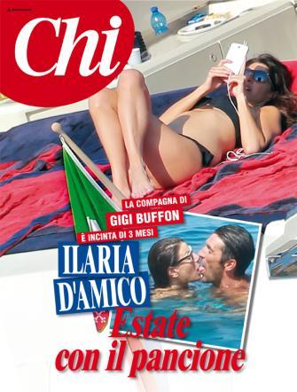 Ilaria D'Amico incinta: la FOTO al mare col pancione