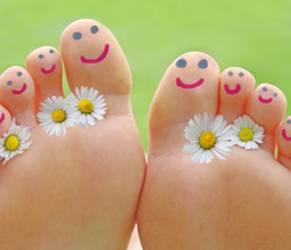Puzza di piedi? Sei rimedi naturali contro il cattivo odore