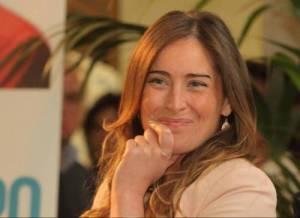 Maria Elena Boschi, sguardi complici con l'amico avvocato FOTO su Chi