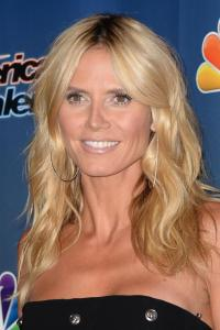 Heidi Klum, mini abito e tacchi per America's Got Talent 4