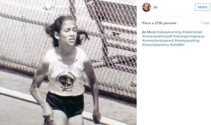 Jennifer Lopez da ragazza: FOTO in bianco e nero su Instagram