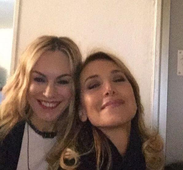 Barbara d'Urso, selfie con la cantante Alexia FOTO
