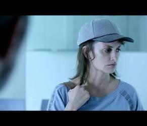 """Penelope Cruz capelli cortissimi: in """"Ma Ma"""" lotta contro cancro seno"""