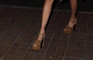 Taylor Swift scheletrica: cosa è successo alla cantante? FOTO