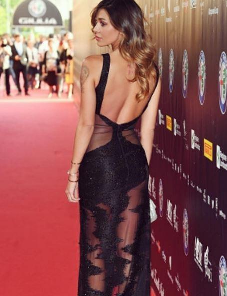 Belen Rodriguez: abito nero trasparente alla Bocelli-Zanetti night