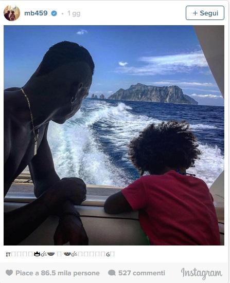Mario Balotelli in vacanza con la piccola Pia4