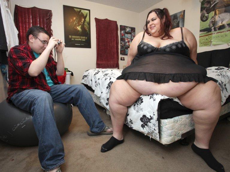 Pesa 317 kg e vuole diventare donna7