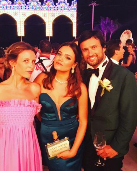 Cristel Carrisi sposa, sorella Romina incantevole alle nozze FOTO