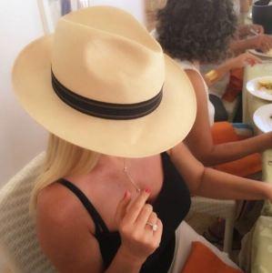 """Loredana Lecciso, misteriosa frase sui social: """"Ci sono almeno..."""""""