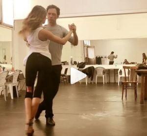 Belen Rodriguez, tango sensuale con Enrique Macana VIDEO