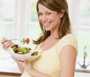 Gravidanza, se la mamma mangia male cuore del bimbo a rischio