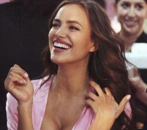 Irina Shayk incinta di Bradley Cooper: bebè in arrivo