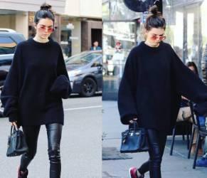 Kendall Jenner casual: legging di pelle e maxi maglione FOTO