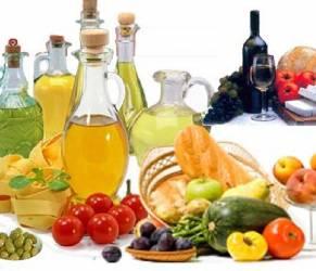 Dieta mediterranea per il cervello: frena invecchiamento