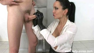 Fetish Liza Smoking And Gloved Cock Milking