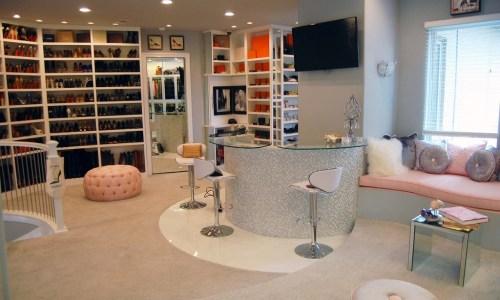 Theresa Roemer's Closet- world's largest closet...