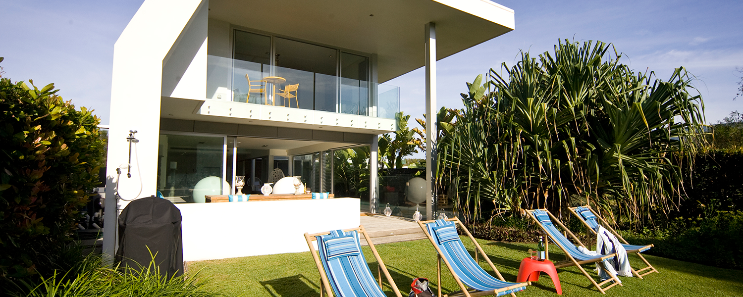 private-beachfront-holiday-house