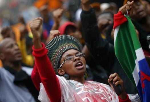 Mandela Funeral Mourners