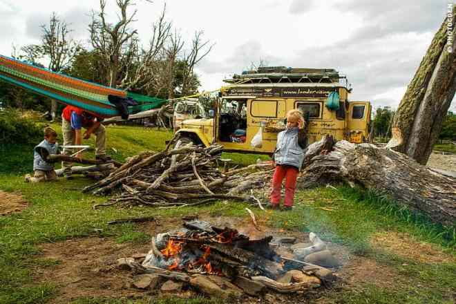 Camping in Argentina – Rough Camp at Estancia Haberton, Tierra del Fuego (©photocoen)