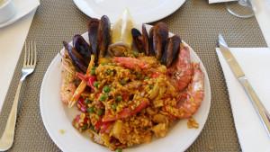 """Spanisch (Fisch) essen bei """"Las Olas"""" in Santa Ponca"""