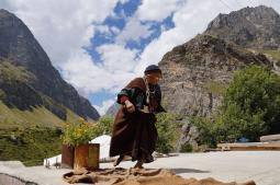 Mana: the last Indian village