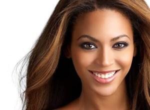 Video: Una mujer africana interpreta 'Halo' casi mejor que Beyonce