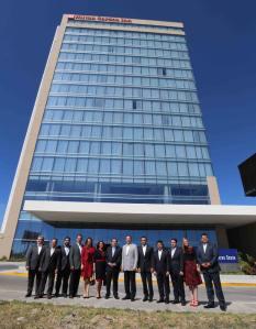Rafa Moreno Valle inaugura el Hotel Hilton Garden Inn.