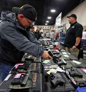 Suman rechazo a iniciativa de ley de armas