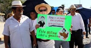 """Miles de personas en Chiapas exigen al Gobierno federal dar marcha atrás al """"mega gasolinazo"""""""