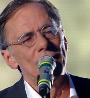 Roberto Vecchioni vince il Festival